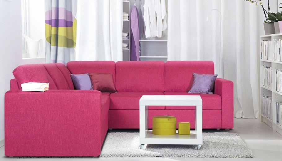Большой диван для обычной квартиры